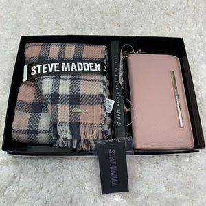 Steve Madden Blush Pink Gift Set NEW Plaid Scarf